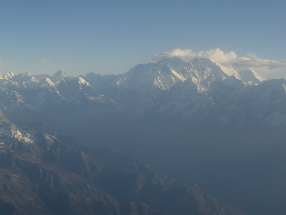 Mount Everest in den Wolken