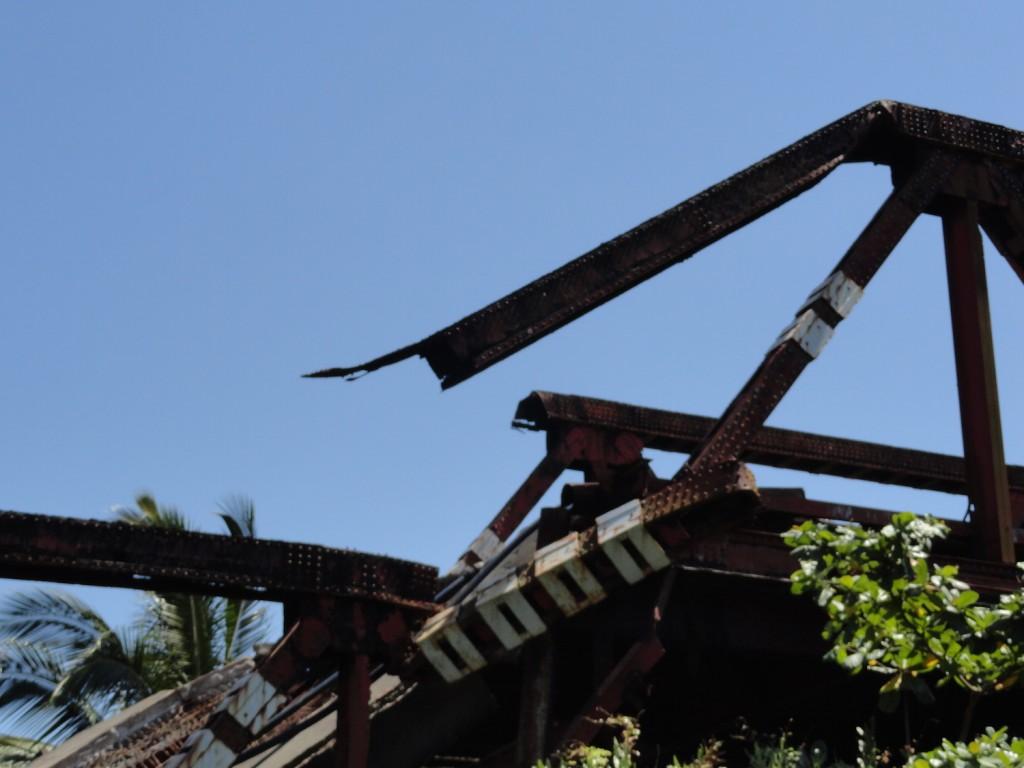 Eingestürzte Brücke in Manakara