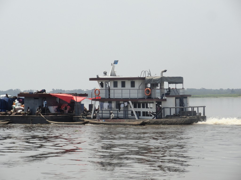 Pusher on the Congo river