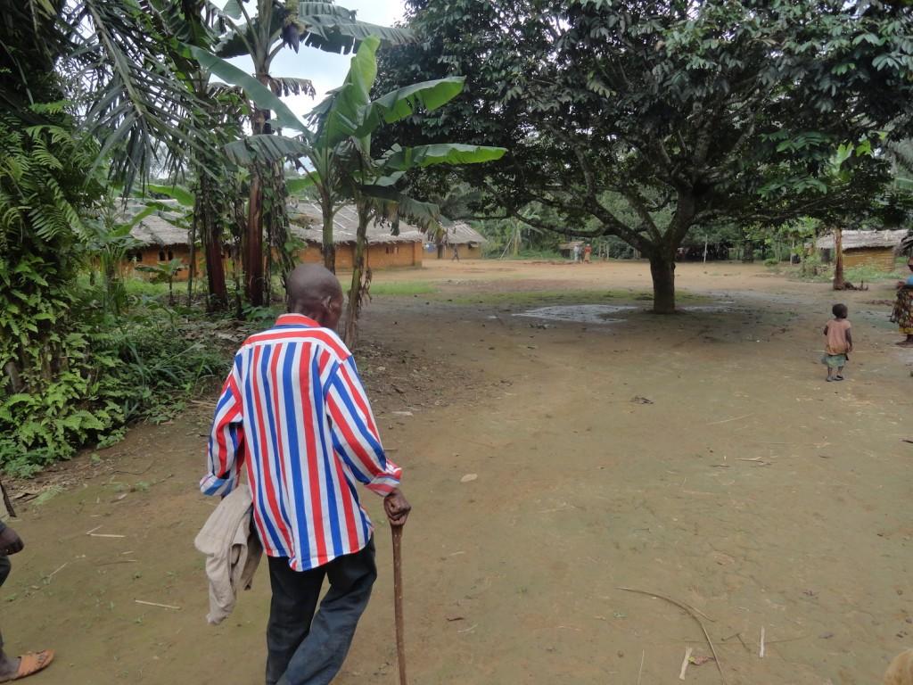 Dorfältester bei der Führung