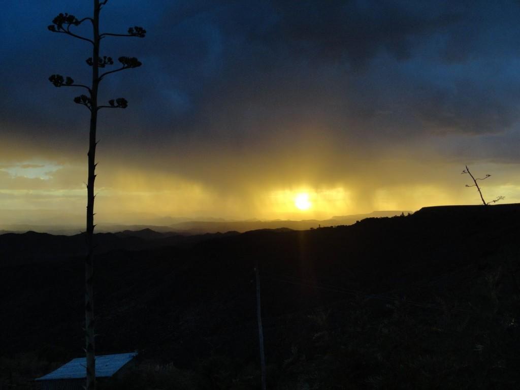 Goldener Himmel über Lalibela