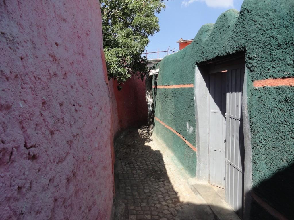 Farbenfrohe Gassen in Harar
