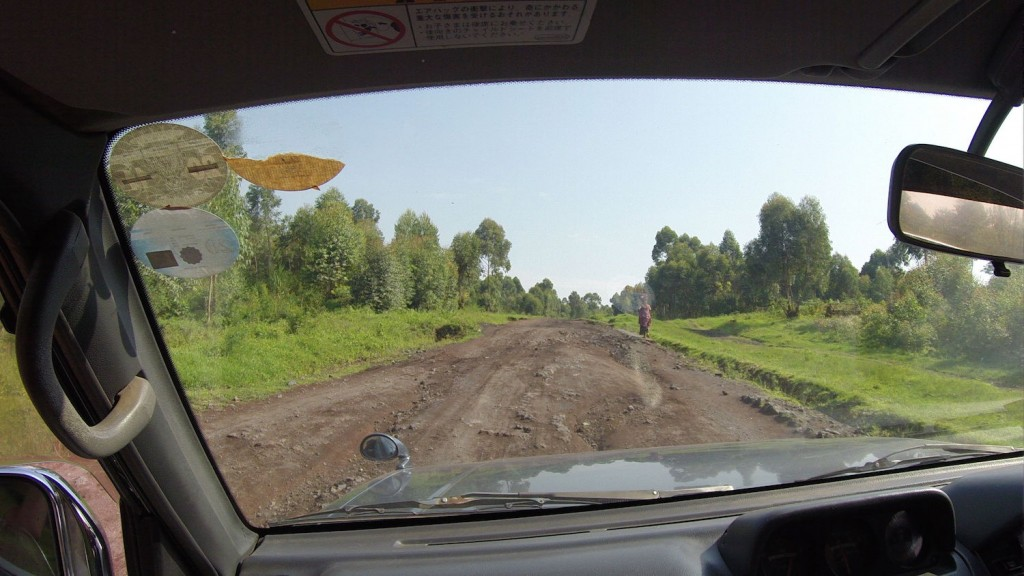 Road heading north from Goma