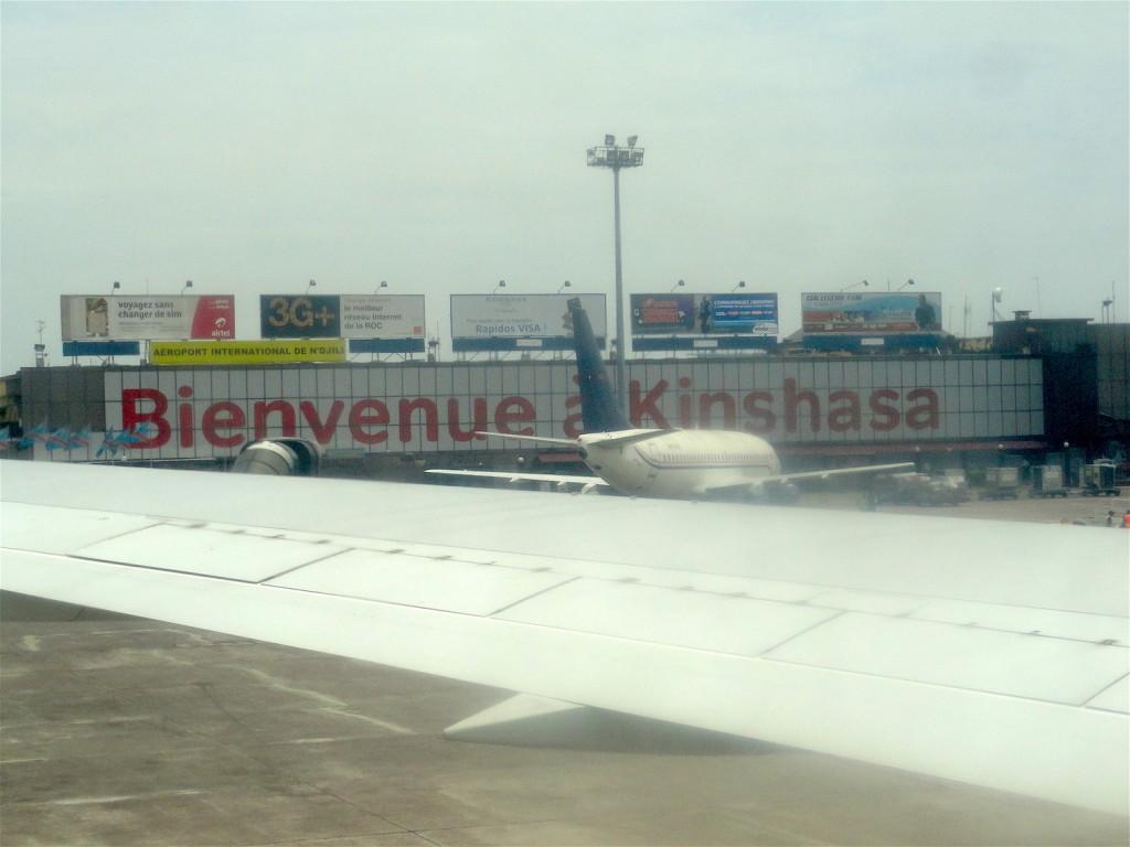 "Airport - ""Bienvenue à Kinshasa"""