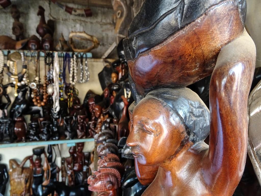 Figuren auf dem Holzmarkt