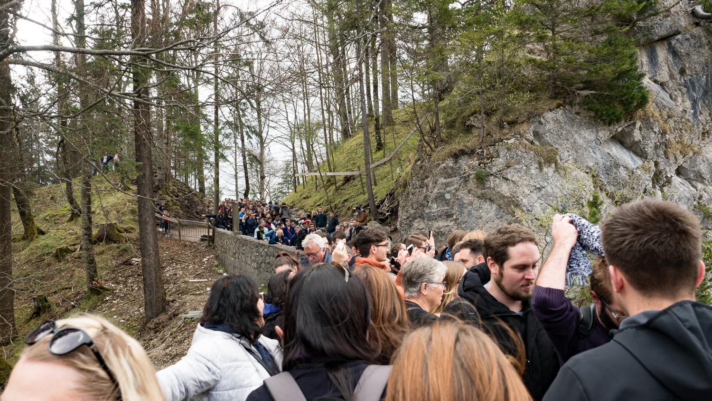 Touristenmassen auf der Marienbrücke