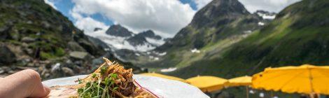 Essen in den Bergen
