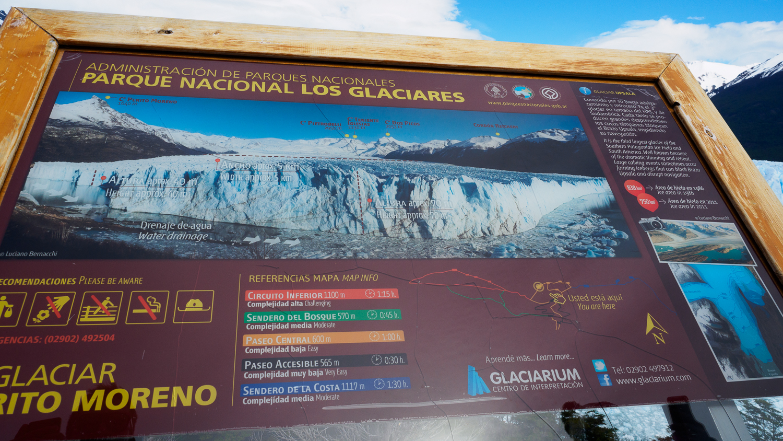 Schild am am Perito Moreno Gletscher