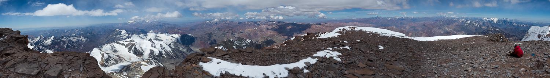 Panorama am Gipfel des Aconcagua