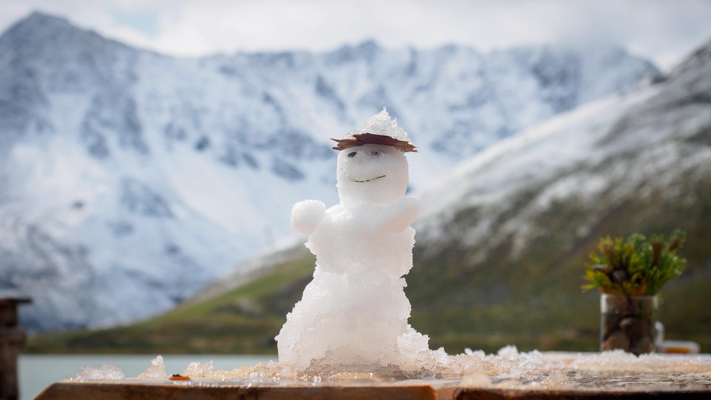 Schneemann am Rifflsee