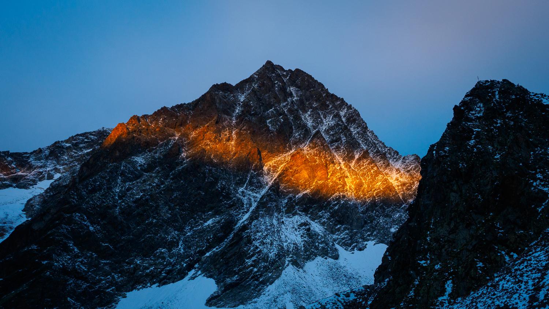 Watzespitze im Sonnenaufgang