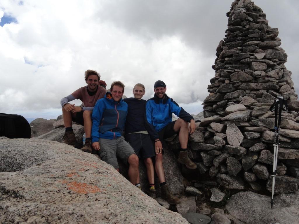 Gipfelfoto auf Pic Boby (2658m)