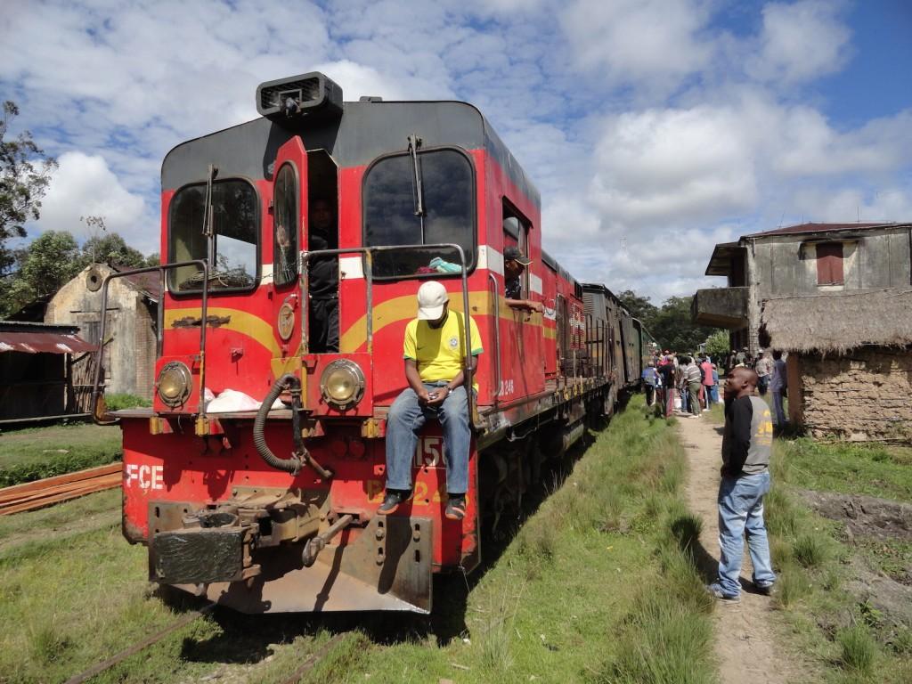 Lokomotive mit Fahrgästen