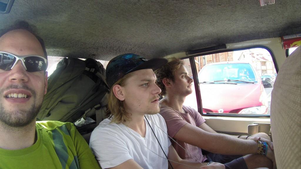 Kleines Taxi für 4 Personen