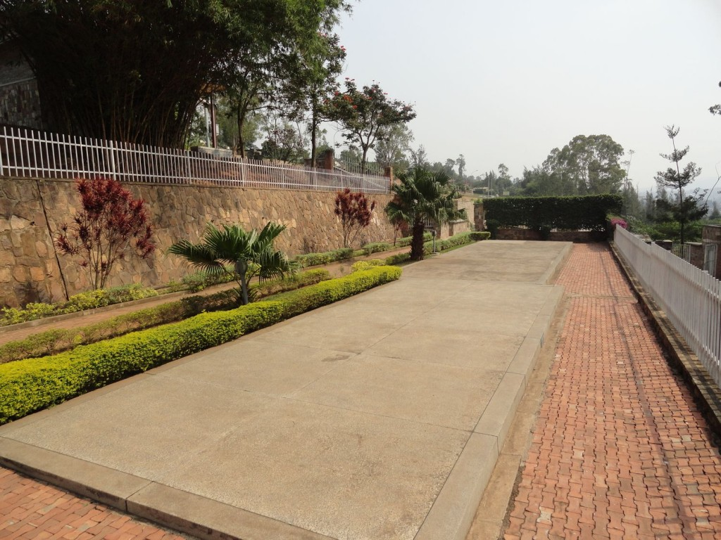 Massengräber im Genozid Museum in Kigali