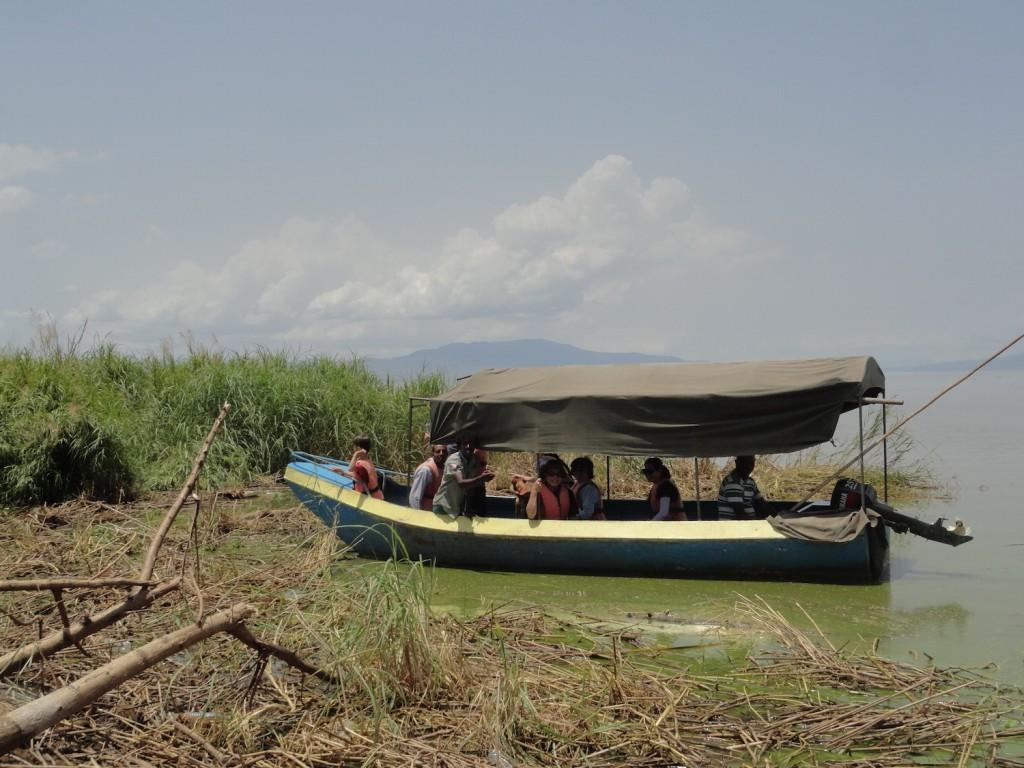 Touristenboot am Crocodile Market