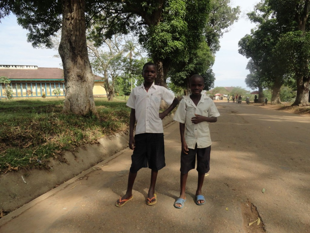 Two boys posing in Lisala