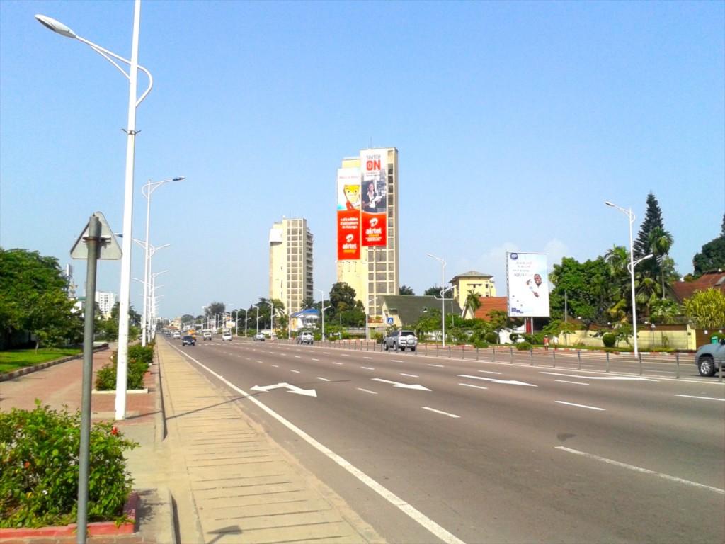 "Empty ""Boulevard du 30 Juin"""