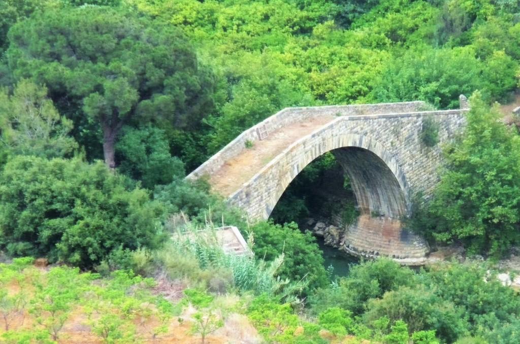 Brücke im Libanon