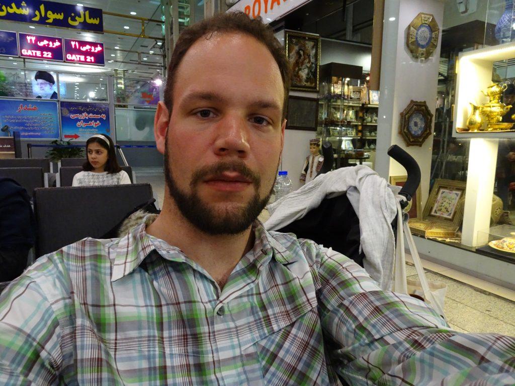 Am Flughafen Teherans