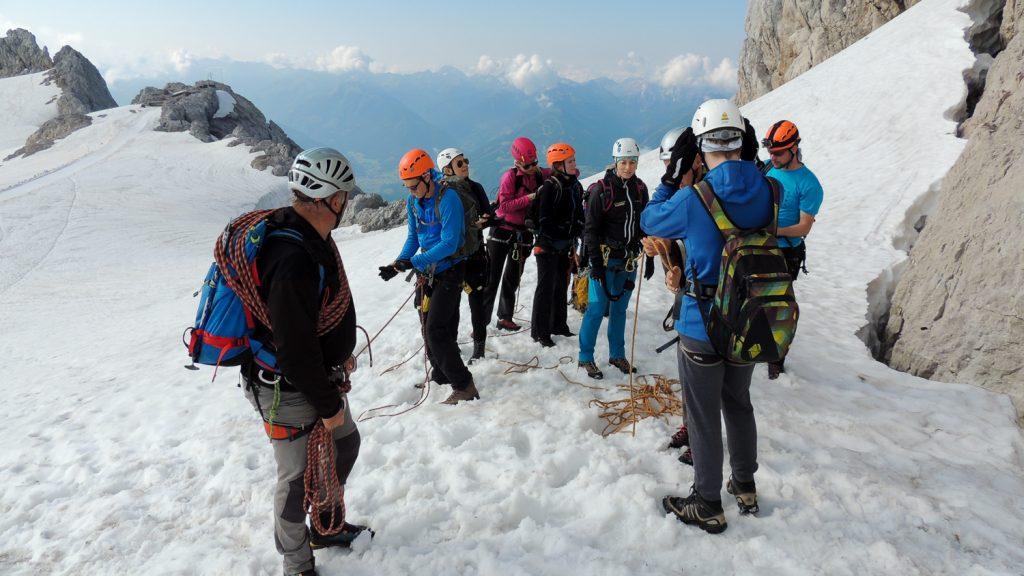 Einstieg zum Klettersteig am Hohen Dachstein