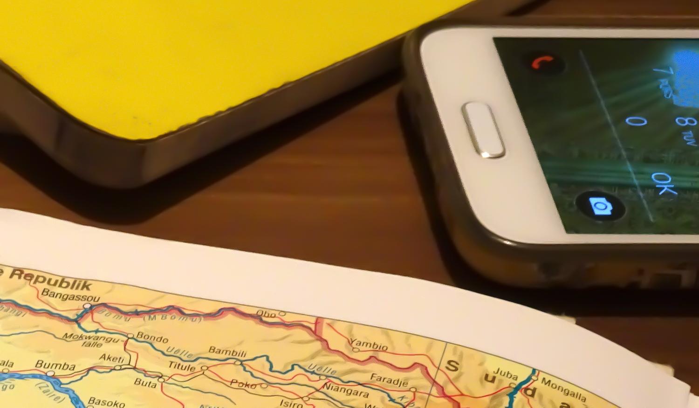 Notizbuch - Handy - Karte - Apps