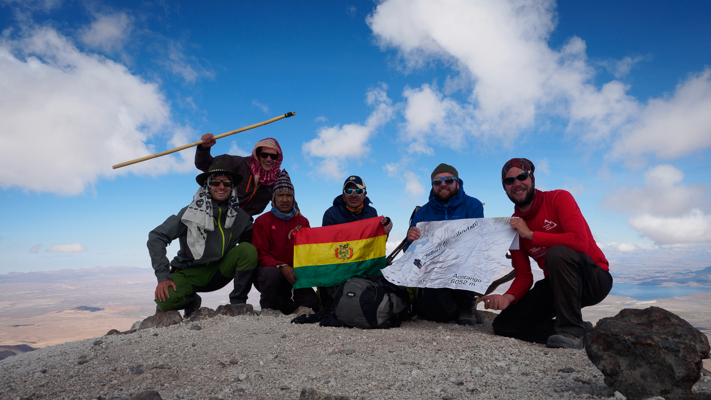 Gipfelfoto vom Acotango