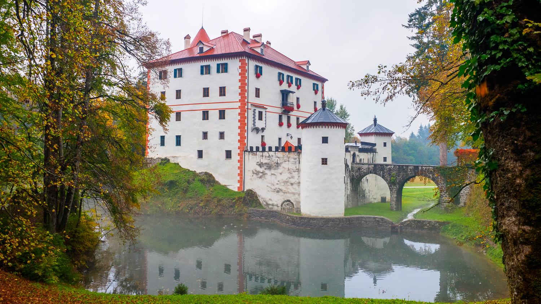 Schloss Snežnik
