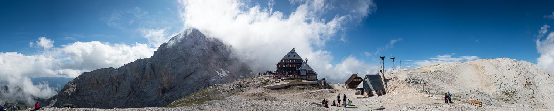 Kredarica-Hütte / Triglavhaus