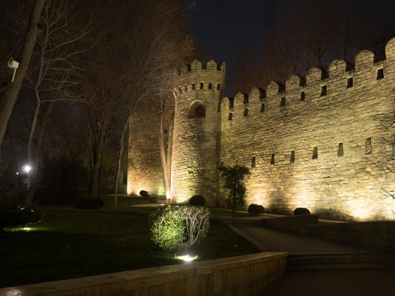 Stadtmauer von Bakus Altstadt